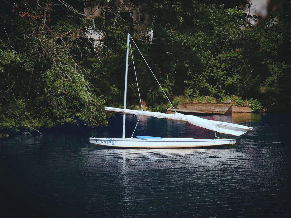 Small sailboat P1280437 - Design & Illustration Critique